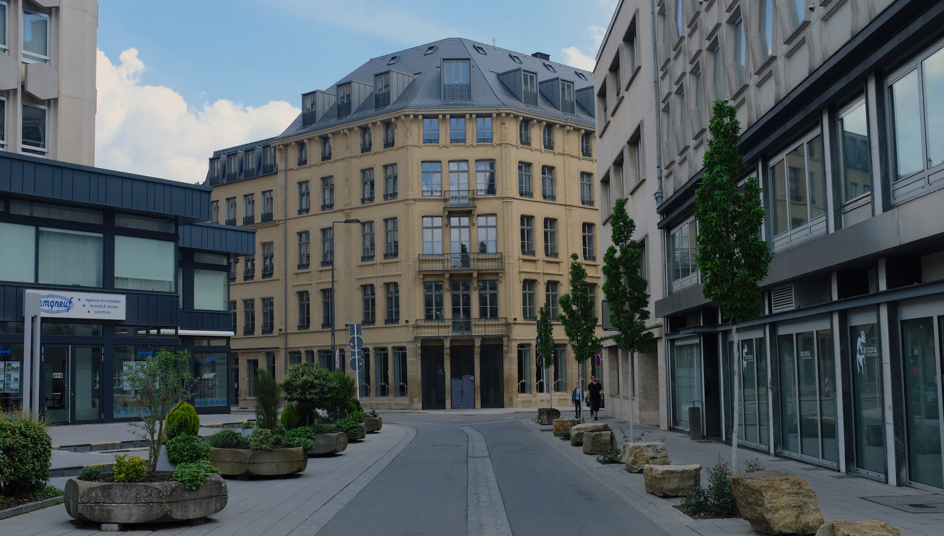 Neue Schlossherren im Stadtzentrum - REPORTER