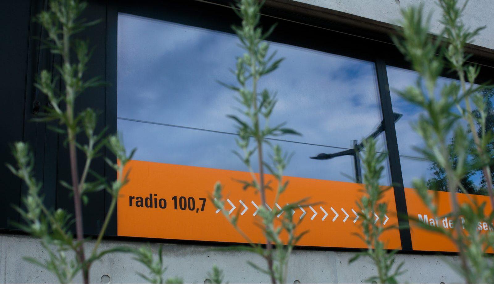 Radio 100,7: Regierung will mehr Unabhängigkeit wagen - REPORTER