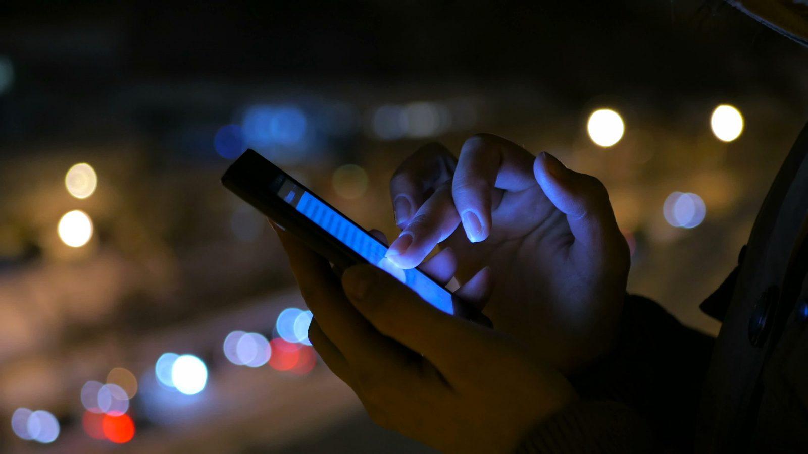 Regierung zögert bei Tracing-Apps - REPORTER